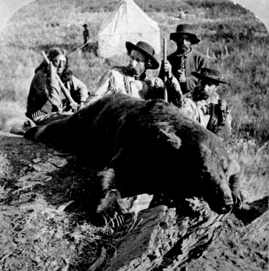 Hunting the America frontier soliders Custer