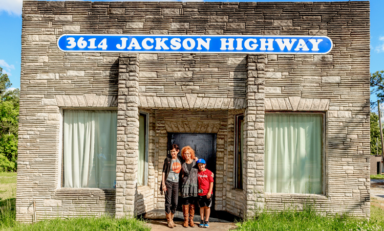 3614 Jackson Highway Home of the Muscle Shoals Sound - OR