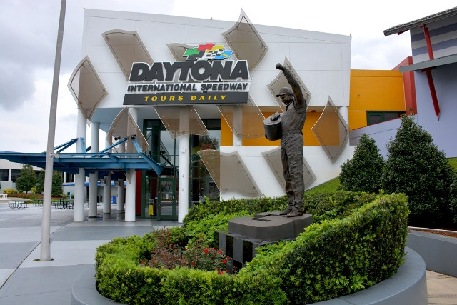 Daytona Beach tourism activities
