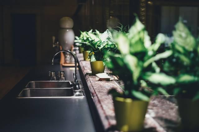 kitchen-1867663_1920_640x426.jpg