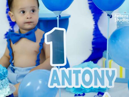 Smash the Cake do Antony