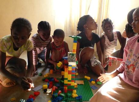 Mai/Juni 2014: Vanessa und Bianca sind 6 Wochen am Waisenhaus