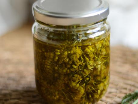Yarrow-Infused Herbal Oil