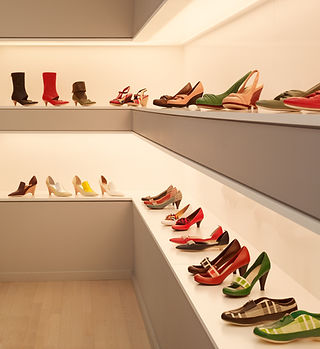 MN Builders commercial project for high-end shoe store in San Francisco..