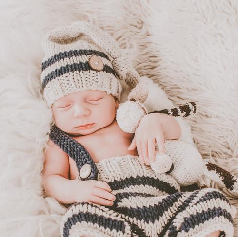 Alicja-im-Photoland-Neugeborenenfotograf