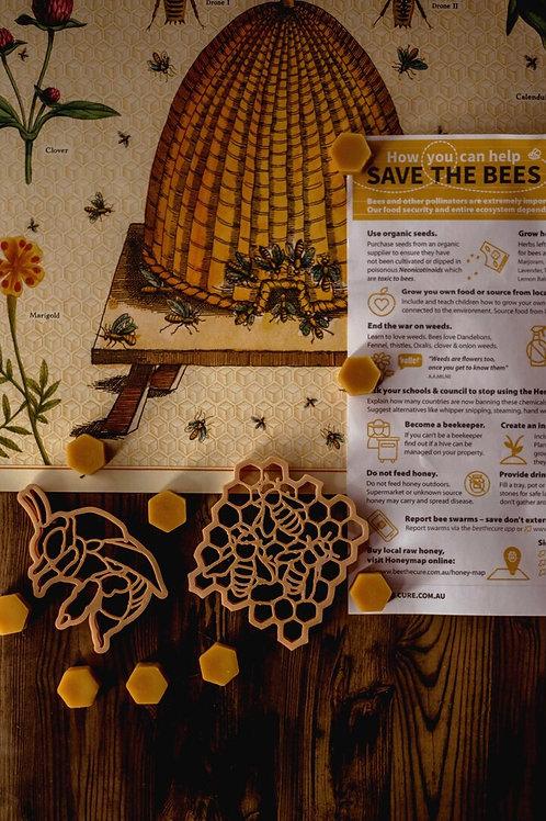 Kinfolk Pantry   Teddy Bear Bee & Honey Comb Eco Cutter Set