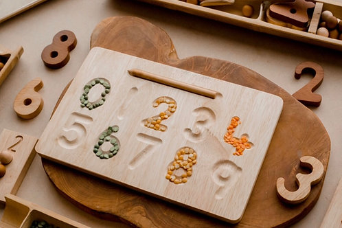Qtoys | Number Tracing Board