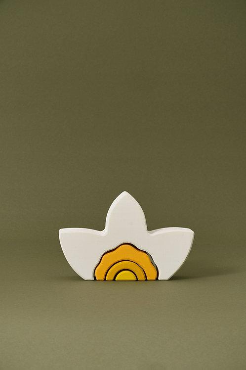 Raduga Grez   Narcissus Arch Stacker