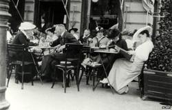 Vienna coffeehouse.jpg