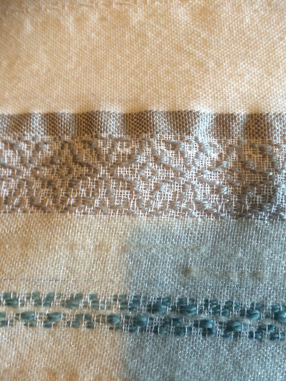 "My pre-Jacquard ""Chevrefeuille"" motif in silver polyester wool"