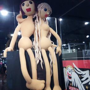 Un Mot : Marionnette