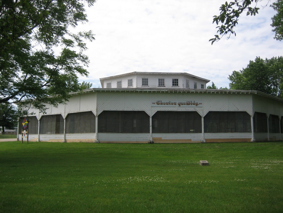 Sac City contains a number of other elements which were a part of Bert's life growing up. This is the Chatauqua Building, a large theatre that featured balls and traveling shows.