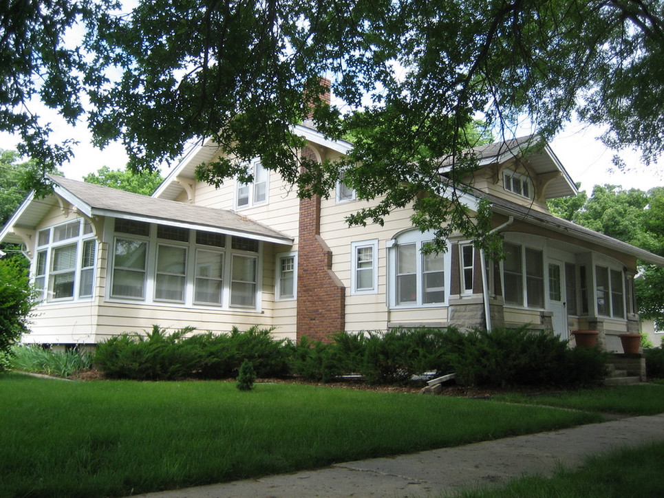 Home of Wooster Beach and Emeretta Augusta Marsh Wayt.