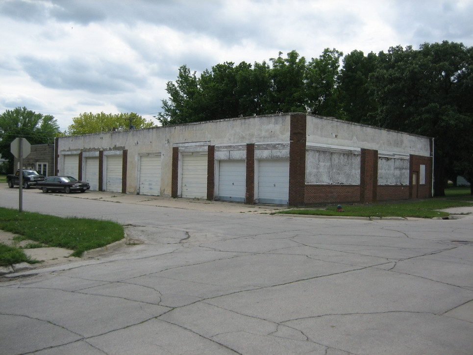 Olson's Grocery, just a block away from Bert's home where he worked as a teenager. Building is now closed.