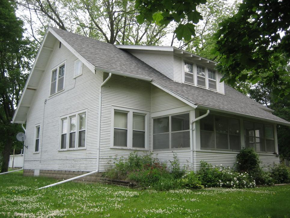 Boyhood home of Bert Wayt.