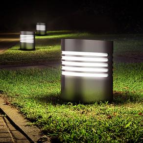 Luminaria AROUSA de Televés, inoxidable y antivandálica para zonas peatonales y jardines
