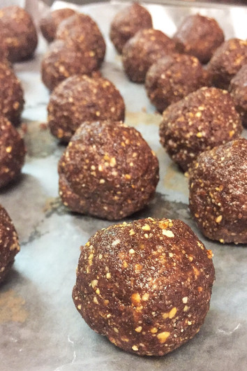 Mood Boosting Cacao Balls