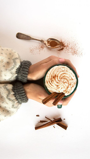 7 Hot Chocolate Recipes to Love
