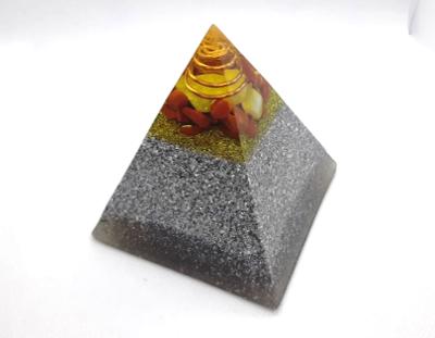 Orgón pirámide