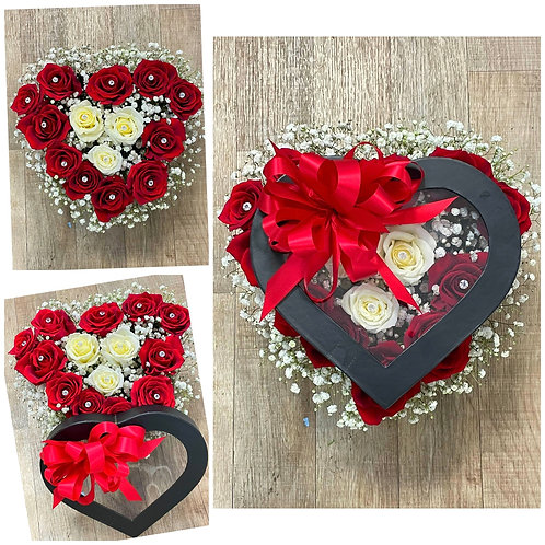 Small box with roses