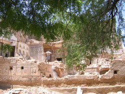 A haveli being destroyed