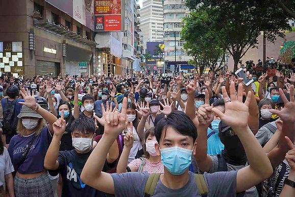 Lucy, Hong Kong y el juego de suma cero