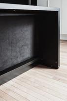 tablebed-black-details-5-600x905.jpeg