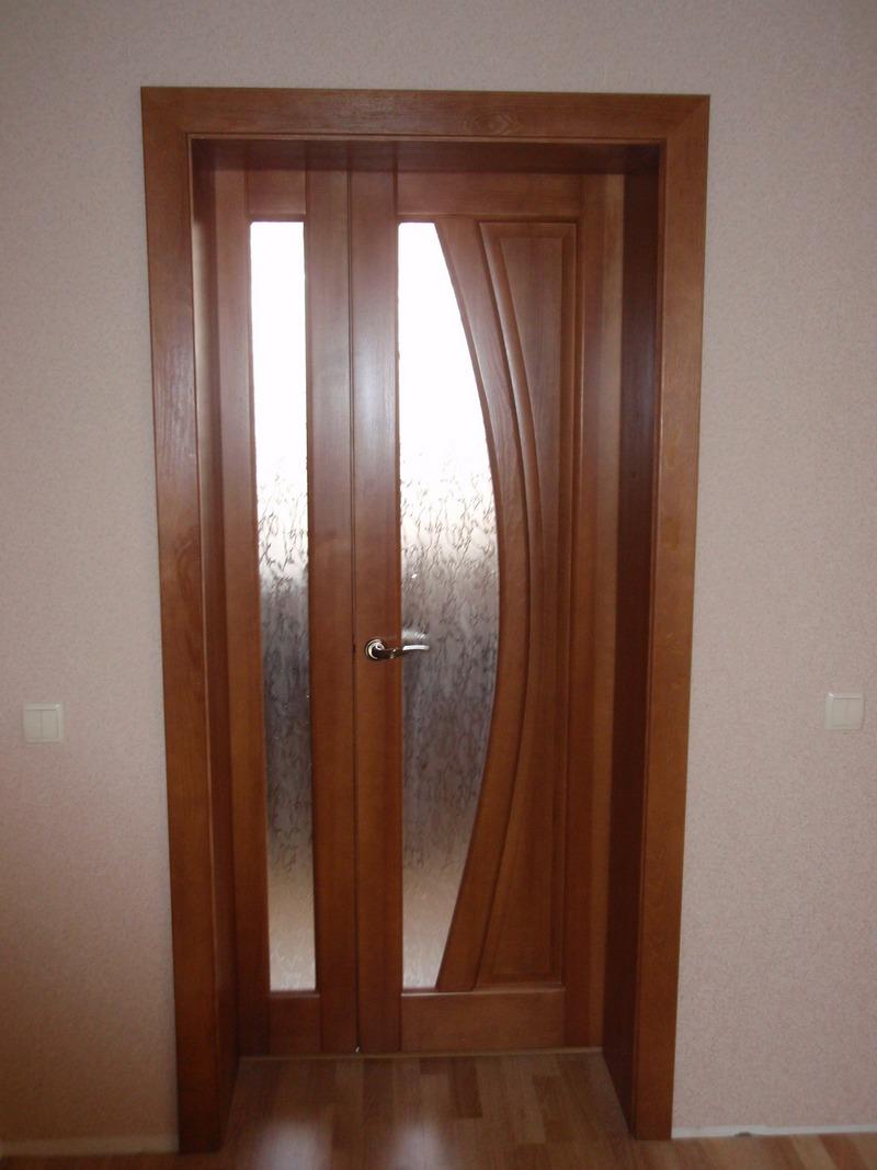 Двери в Омске из массива