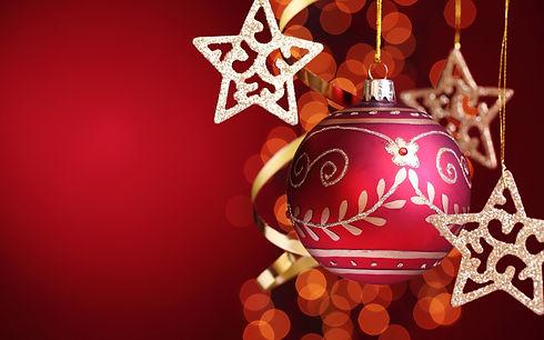 Stars-with-red-Christmas-ball_1920x1200.jpg