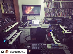 O mestre dos sintetizadores _pbpaulobeto destruindo na composição original da nossa trilha sonora! V