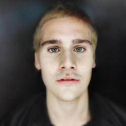Seja bem vindo Davi! #osegredodedavi  #nicolasprattes #blondehair #psycho