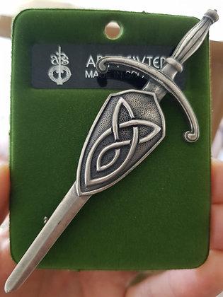 Celtic Knot Kilt Pin