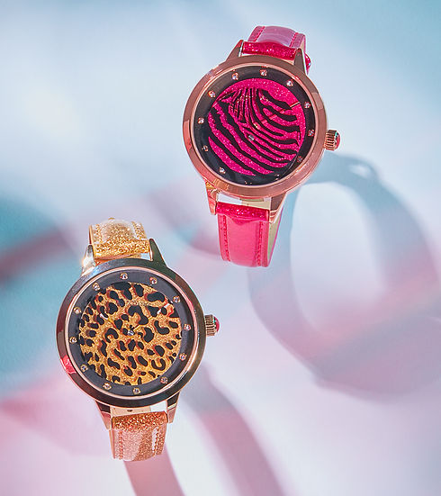 8322_MARKETING_BETSEY_WATCHES0622SM.jpg