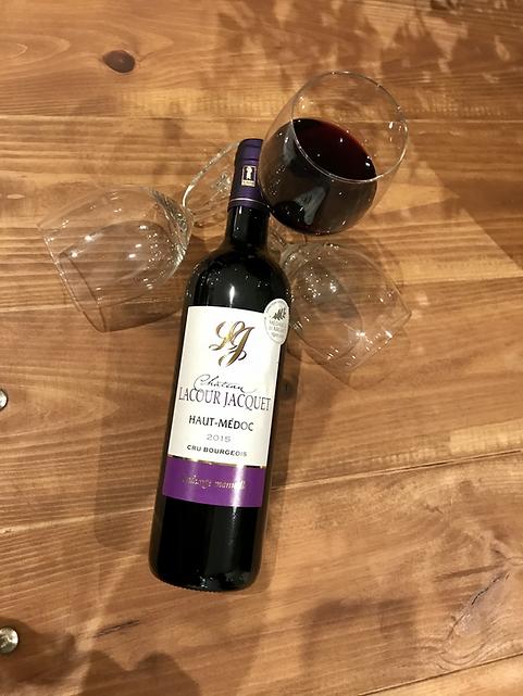 Château Lacour Jacquet 2015 verre de rouge