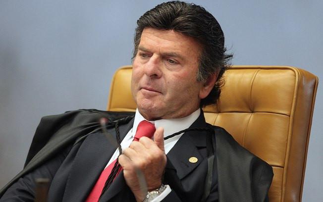 Luiz Fuz suspende tabela de fre