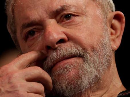 Lula é preso pela PF