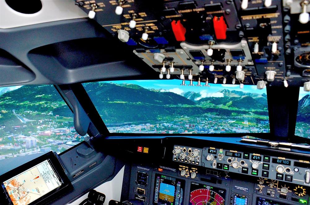 B737 fixed base flight simulator by simworld
