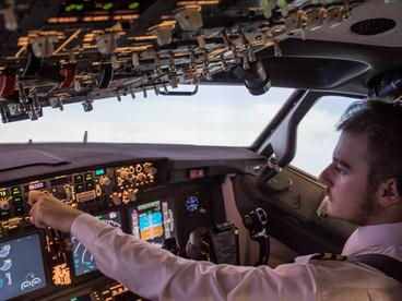 B 737 FNPT II APS MCC simulator. Cost-effective FTD for Boeing 737 pilots.
