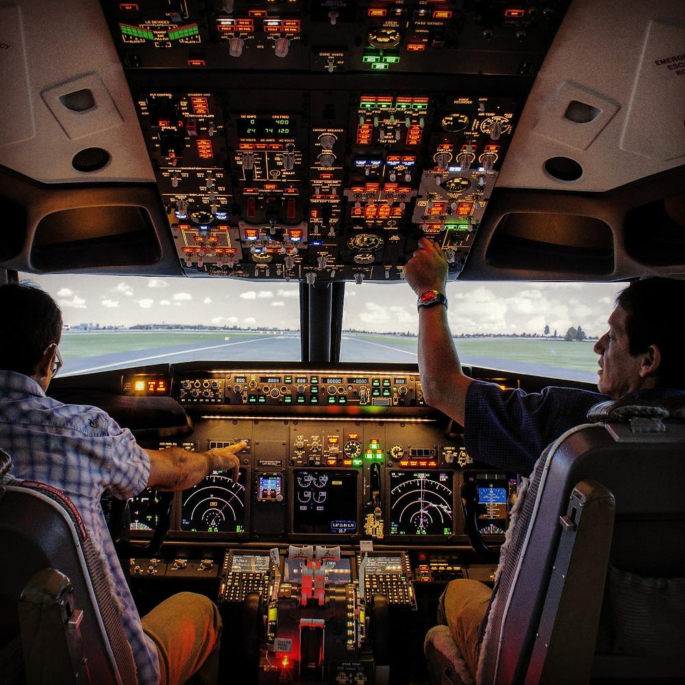 B737 turnkey flight simulator by simworld