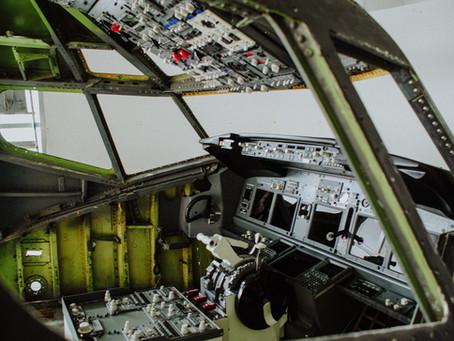 B737 FTD simulator in OEM nose cut