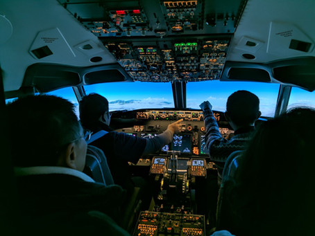 B737 Flight Simulator in Taipei City