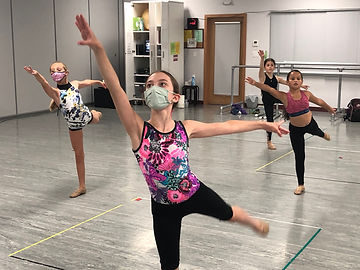 weekly mid-day dance class