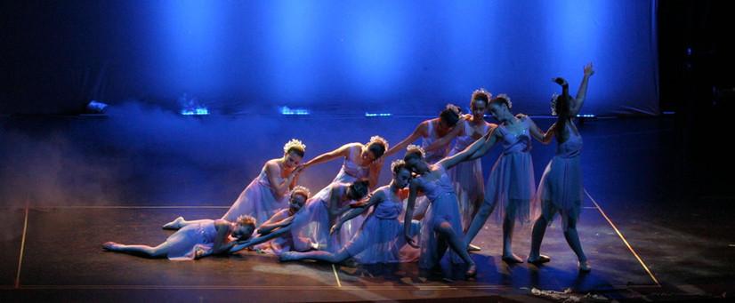 stage_blue.jpg