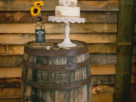 Rustic decor for any occasion