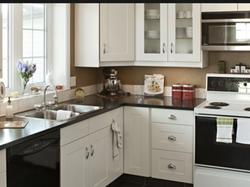 corner-kitchen-cabinets
