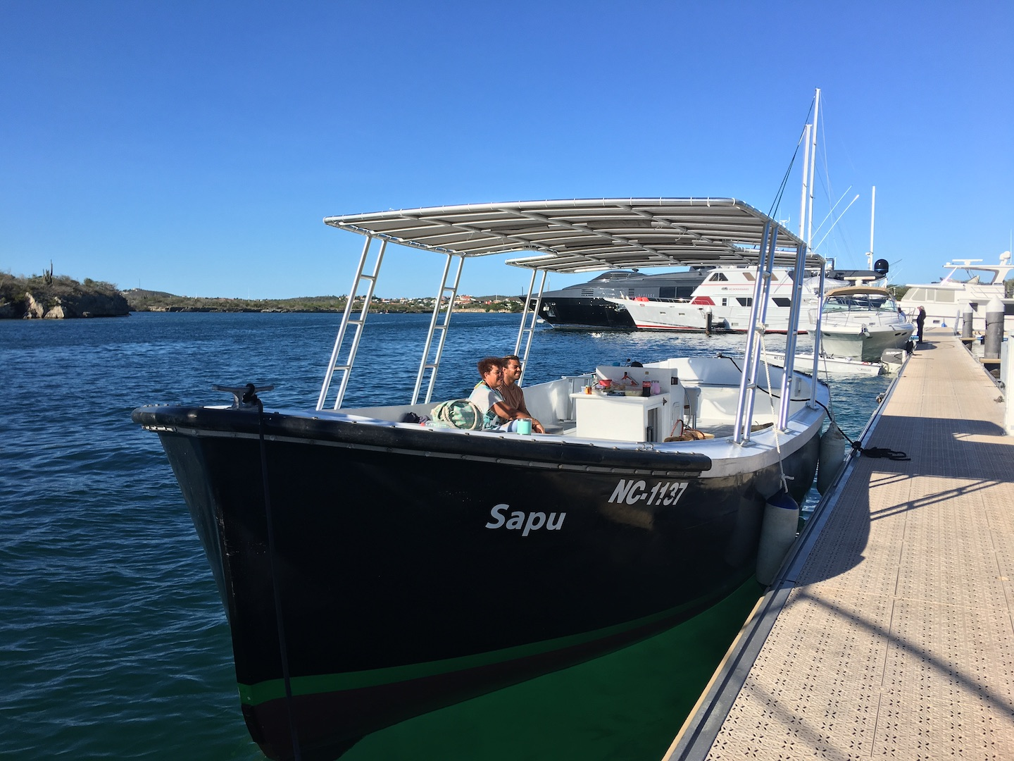 Sloop boat charters Curacao 4