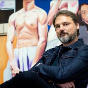 Artist Janos Kujbus Captures The Human Condition