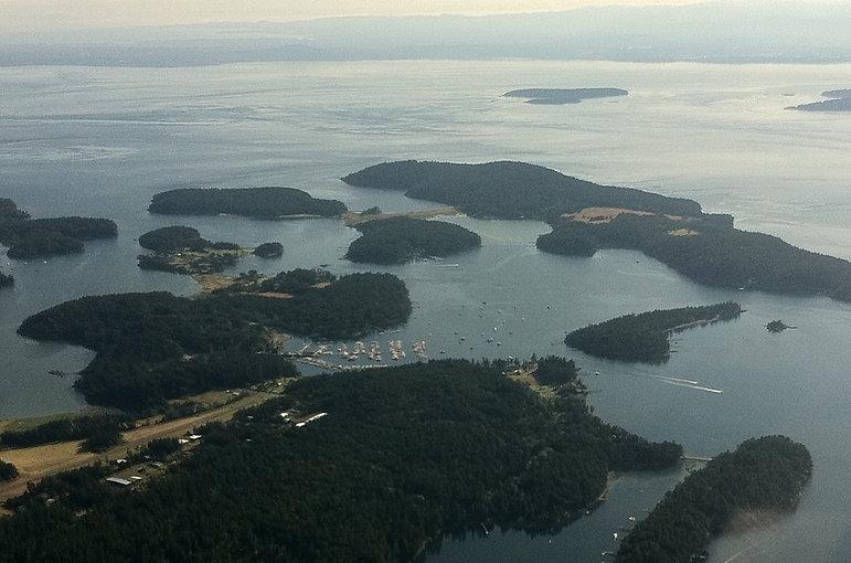 Aerial pic Roche-Henry.jpg