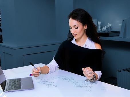 7 Key Benefits Of a Standing Desk.