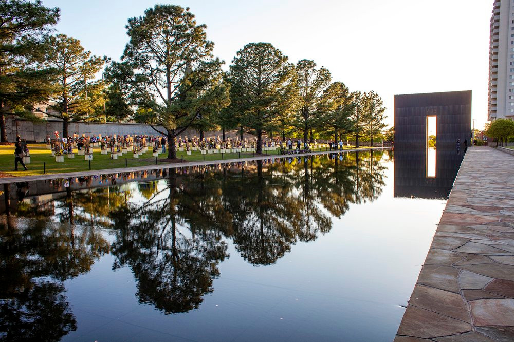 OKLAHOMA CITY NATIONAL MEMORIAL & POND